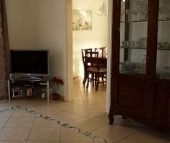 Sardano agenzia immobiliare for Negozio di metallo con appartamento